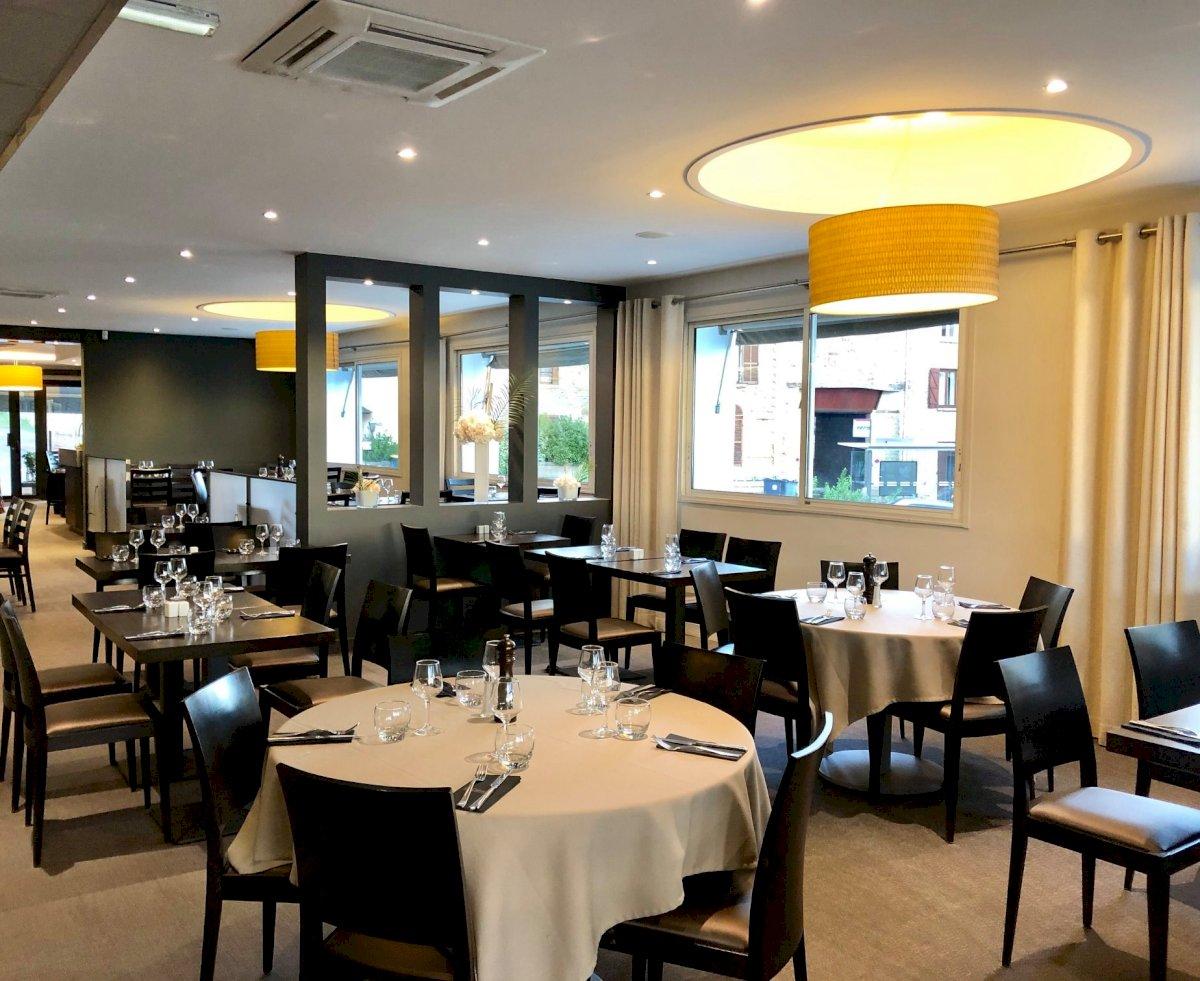 Fiche Restaurant - Hôtel La Caborne